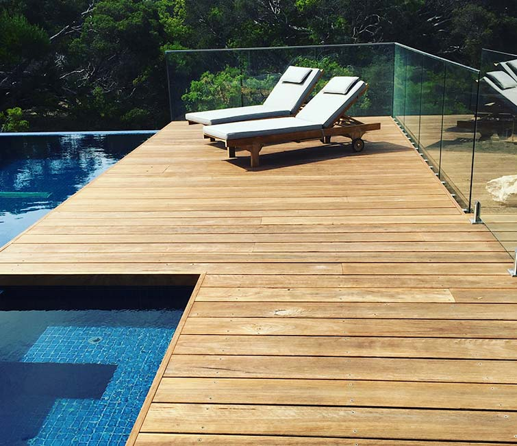 130x19 Blackbutt decking